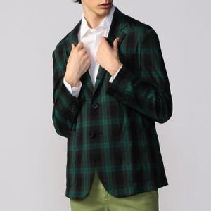 グリーンのチェック柄ジャケット
