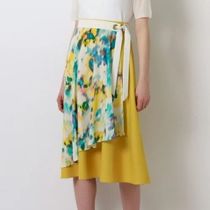 マーブル柄スカート