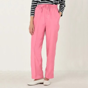 ピンクのパンツ