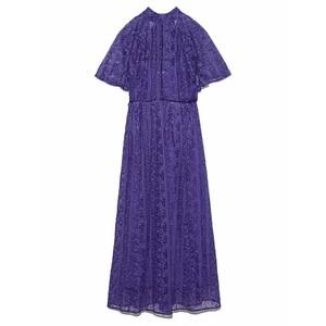 パープルの刺繍ドレス