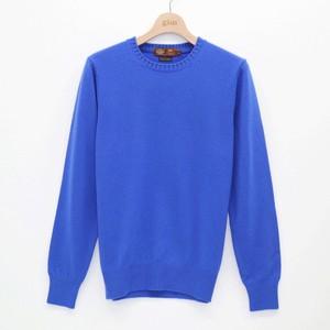 ブルーのセーター
