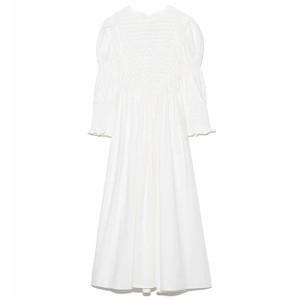 白い刺繍ワンピース