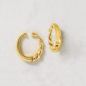 ゴールドのイヤリング