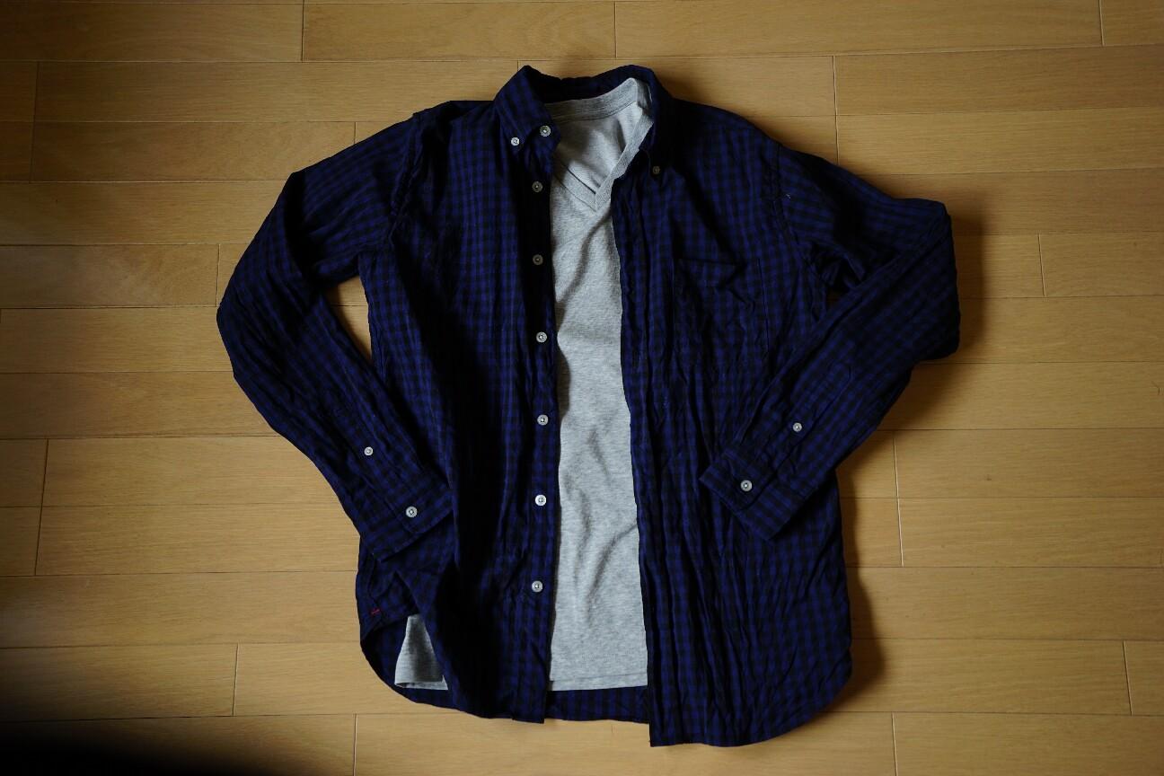 ユニクロの無地Tシャツ(ドライカラーVネックTシャツ)着こなし