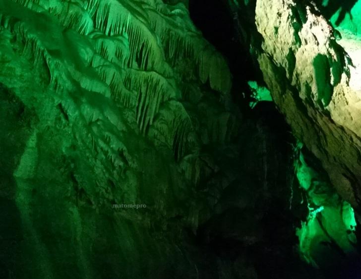 穿山岩の鍾乳洞 大瀑布の画像
