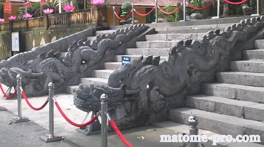タンロン遺跡 龍の石段 ベトナム