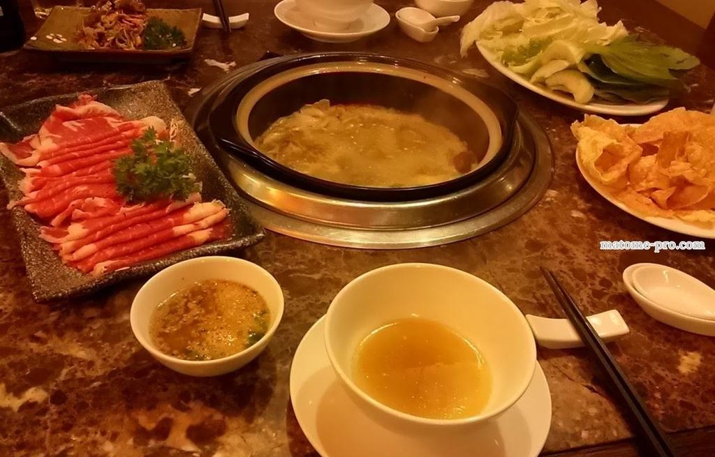 ベトナム料理 きのこ鍋
