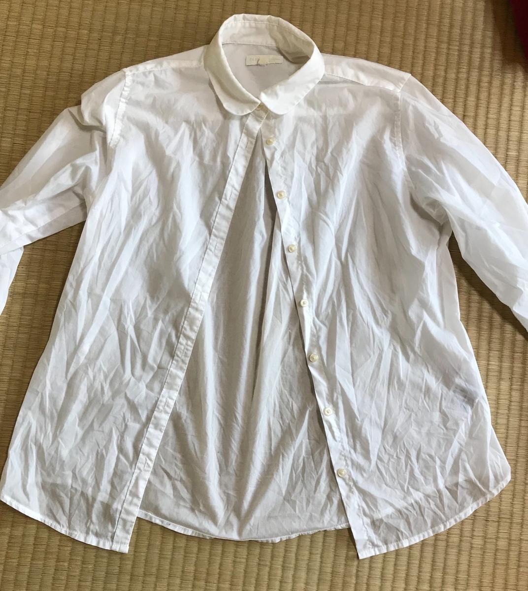 洗濯後のコットンシャツ