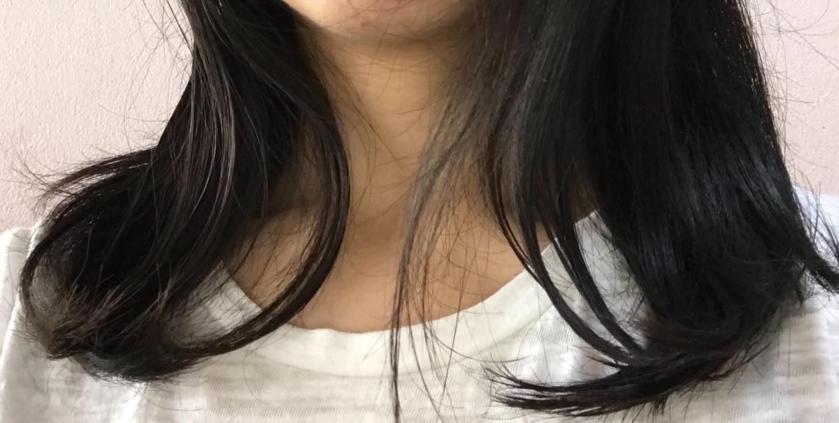 ヘアケア剤を馴染ませた髪の毛