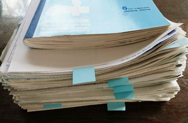 請求書、レシート添付のノート