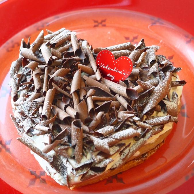 ハート型・フローズンチョコレートパイ