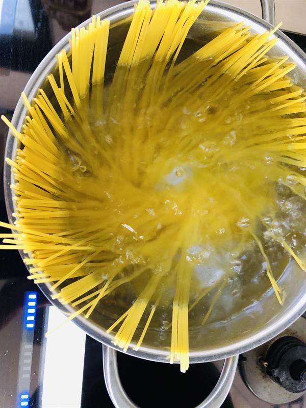 香茸クリームパスタの作り方
