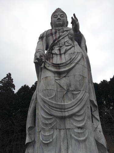 壷阪寺の大観音石造