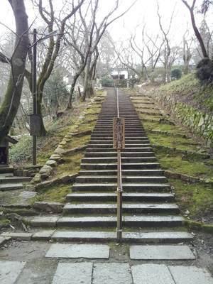 三井寺の観音堂への階段