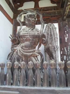 石山寺の仁王像