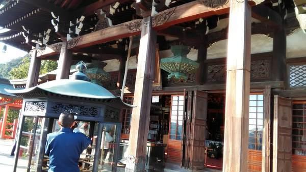 朝護孫子寺の本堂