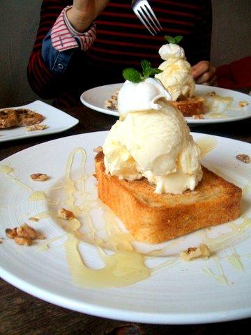nestフレンチトースト アイスクリームのせ