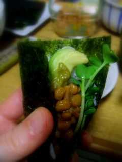 アボカド納豆巻