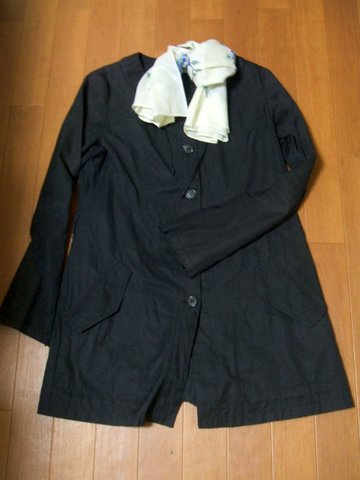 紺 薄手コート