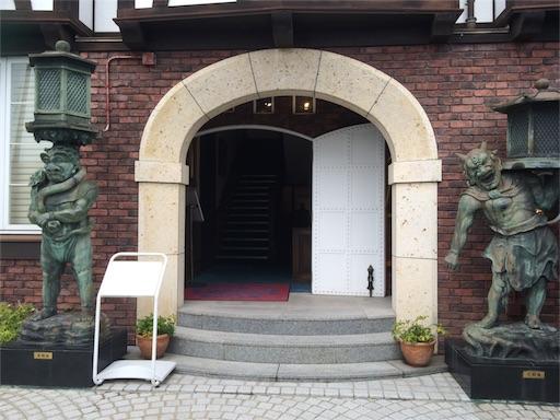 山手八番館入口