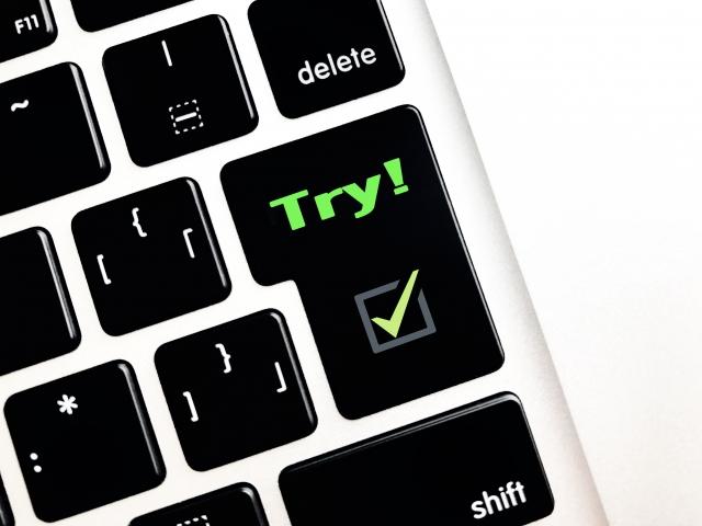 キーボードにTryの文字