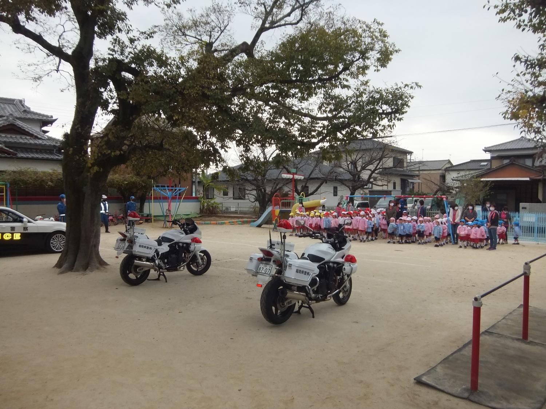 f:id:meiji-kindergarten:20201124110345j:plain