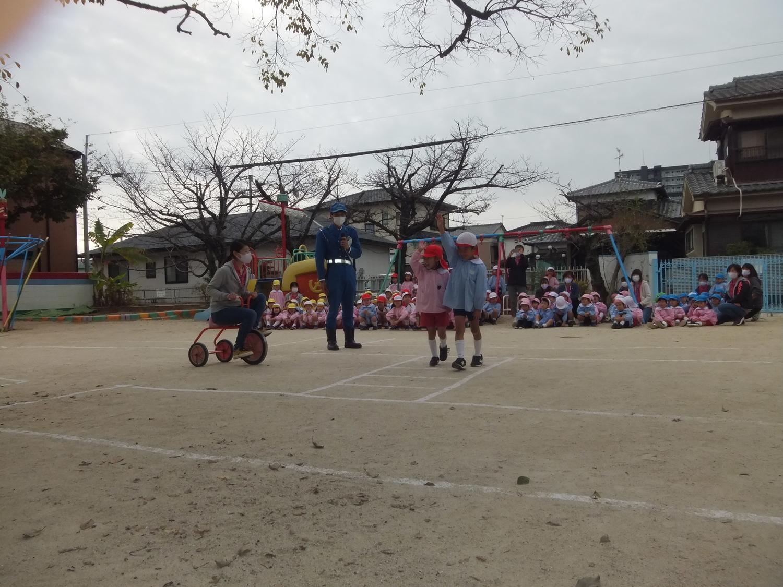 f:id:meiji-kindergarten:20201124111159j:plain