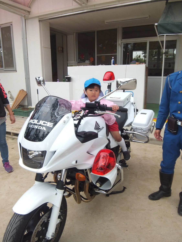 f:id:meiji-kindergarten:20201124112320j:plain