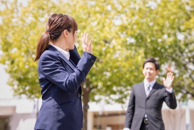 敬語は先輩後輩関係なく、社会人としてのマナーです