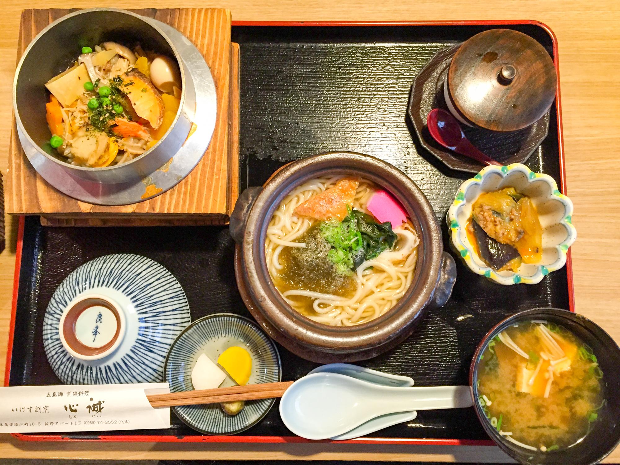 「五島うどん釜飯定食」1,600円也