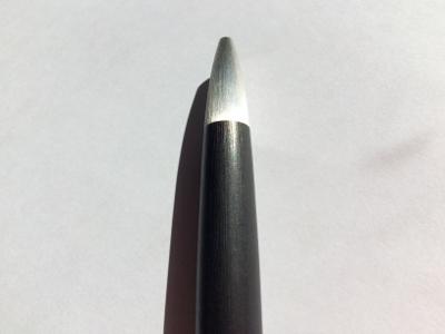 ラミー2000のペン先の素材