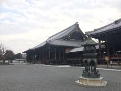 西本願寺の御影堂