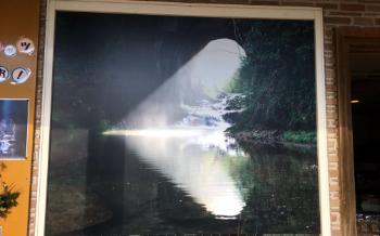 亀岩の洞窟のポスター