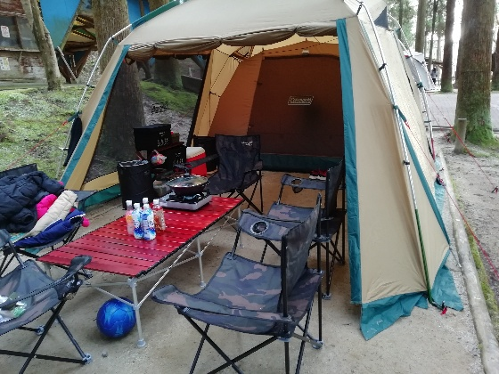 コールマンタフスクリーン2ルームハウス キャンプ テント 写真 画像
