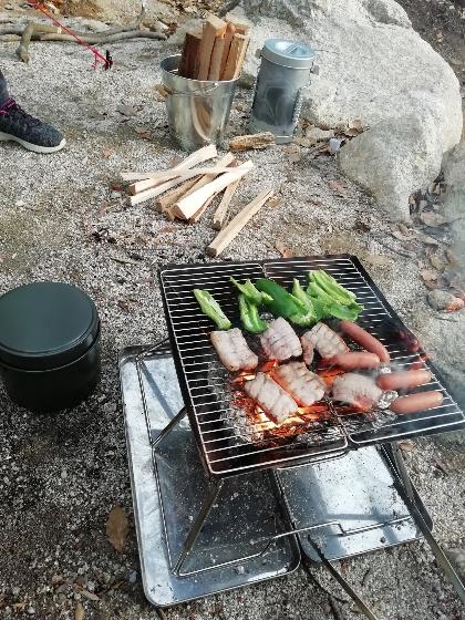 キャンプ アウトドア バーベキュー おいしい 外 写真 画像 豚 牛 野菜