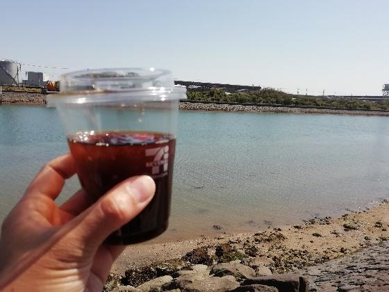 海 セブンイレブン アイス コーヒー 波 きれい 写真 画像