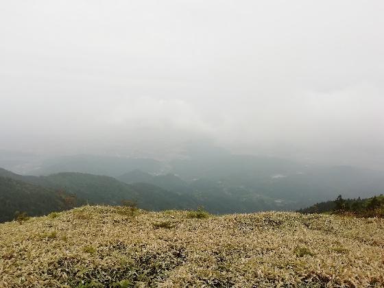 天山 写真 画像 小城市 佐賀県 山頂 雲 曇り 寒い