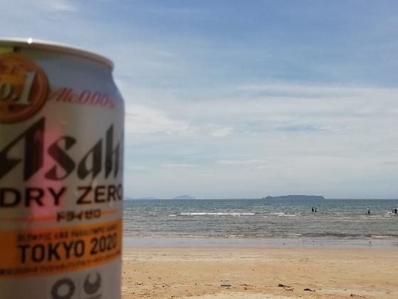 ノンアルコール ビール 海 砂浜 写真 画像 おいしい 波 テント