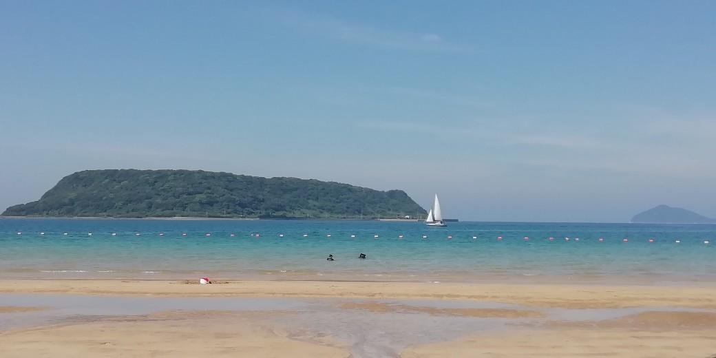 唐津市 相賀の浜海水浴場 写真 画像 夏 海 ヨット 美しい 青