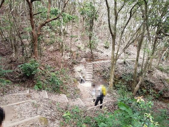 立石山登山 立石山 登山 写真 画像  糸島 山道
