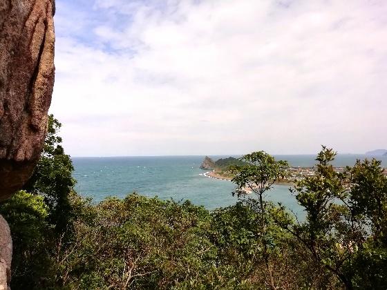 立石山登山 立石山 登山 写真 画像  糸島 山道 海