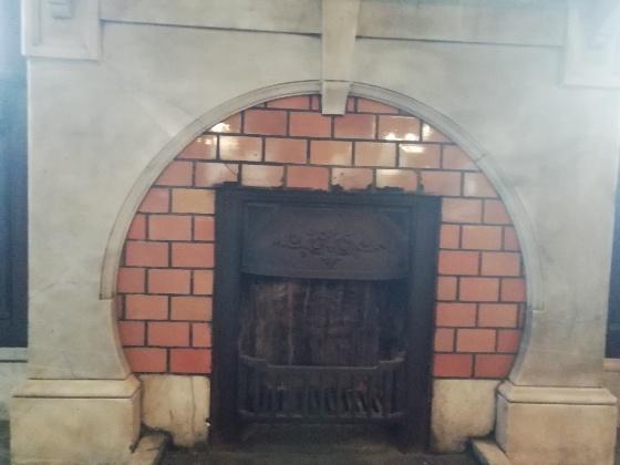 石炭暖炉 現存 佐賀県唐津市 旧唐津銀行本店 辰野金吾記念館 画像 写真