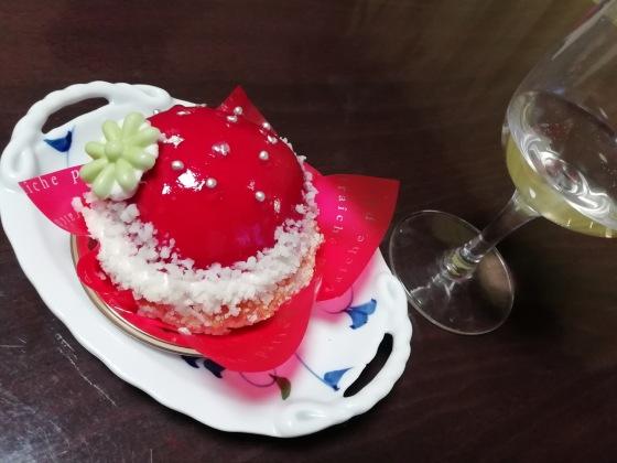 ケーキ きれい かわいい 赤い 写真 画像 ワイン