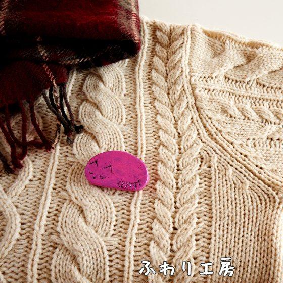 猫 ブローチ ハンドメイド 粘土アクセサリー 粘土 写真 画像