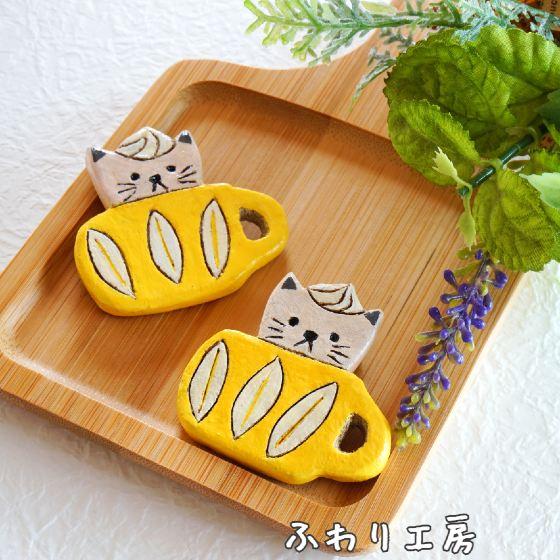 陶土ブローチ 猫 白猫 ハンドメイド オーブン陶土 写真 画像