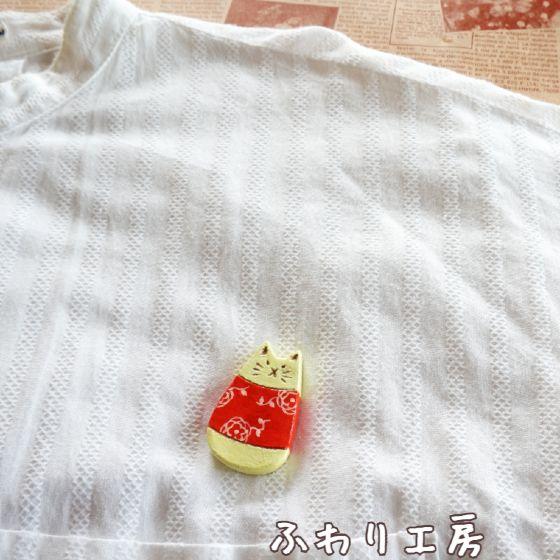 猫 ブローチ オーブン陶土 陶土ブローチ 写真 画像 ハンドメイド