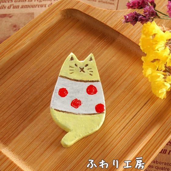 オーブン陶土 陶土ブローチ 猫 ドット かわいい ほっこり 写真 画像 ハンドメイド