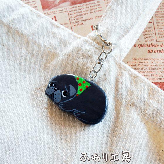 黒パグ パグ 犬アクセサリー 犬雑貨 石塑粘土 粘土 粘土アクセサリー ハンドメイド 画像 写真