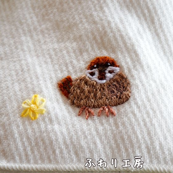すずめ 刺繍 ハンカチ ハンドメイド 写真 画像