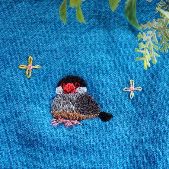 文鳥 桜文鳥 刺繍 ハンドメイド ハンカチ 写真 画像